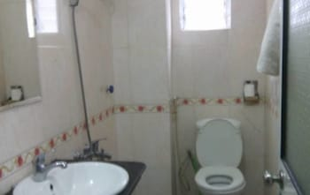 Thanh Huong Airport Hotel - Bathroom  - #0