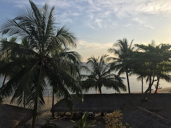 Cove Sands Beach Resort Dumaguete Guestroom View
