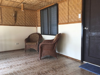 Cove Sands Beach Resort Dumaguete Terrace/Patio