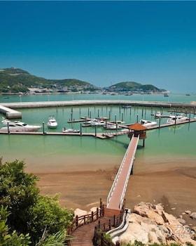 Photo for Zhoushan Putuo International Yacht Club Resort in Zhoushan