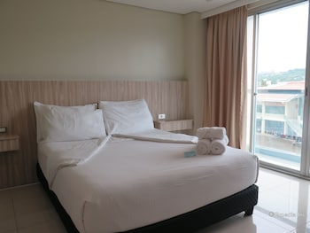 Alicia Apartelle Cebu Guestroom