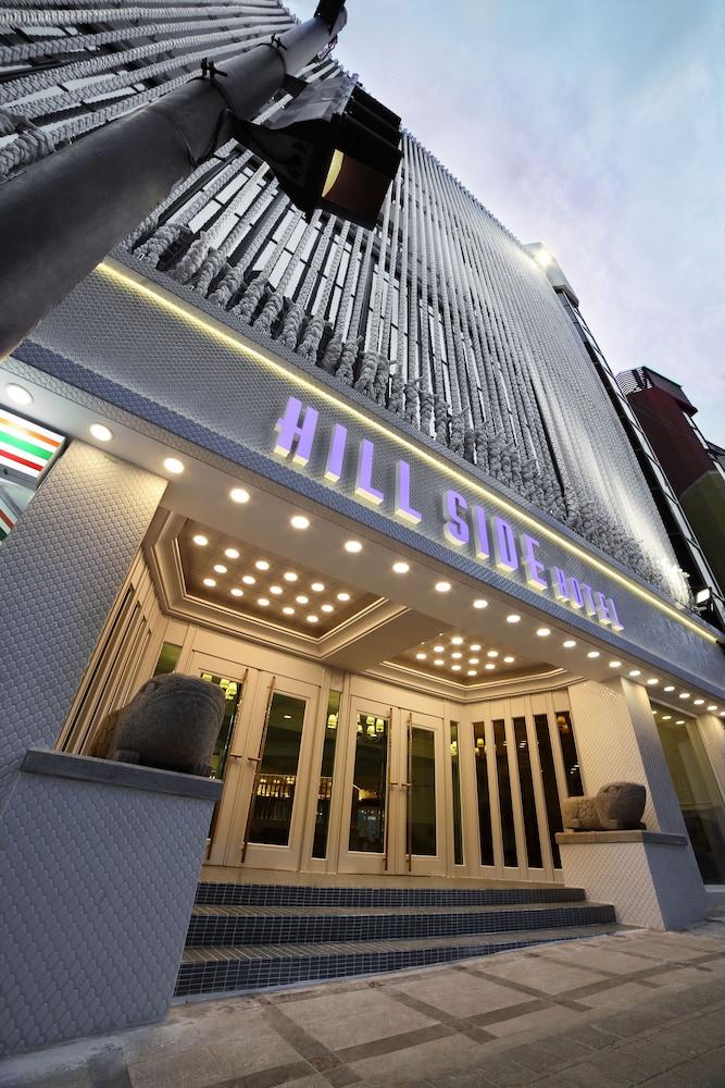 Hillside Hotel
