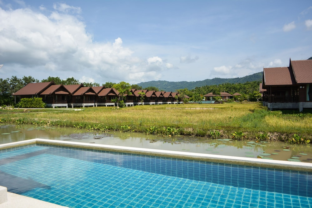 Farmer's Boutique Resort