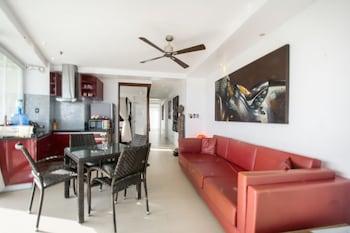 Karuna Boracay Suites Guestroom