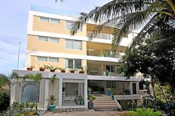 Karuna Boracay Suites Hotel Front