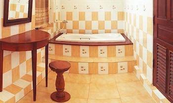 Sayo Xieng Mouane - Bathroom  - #0