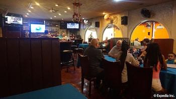 Phoenix Hotel Clark Restaurant