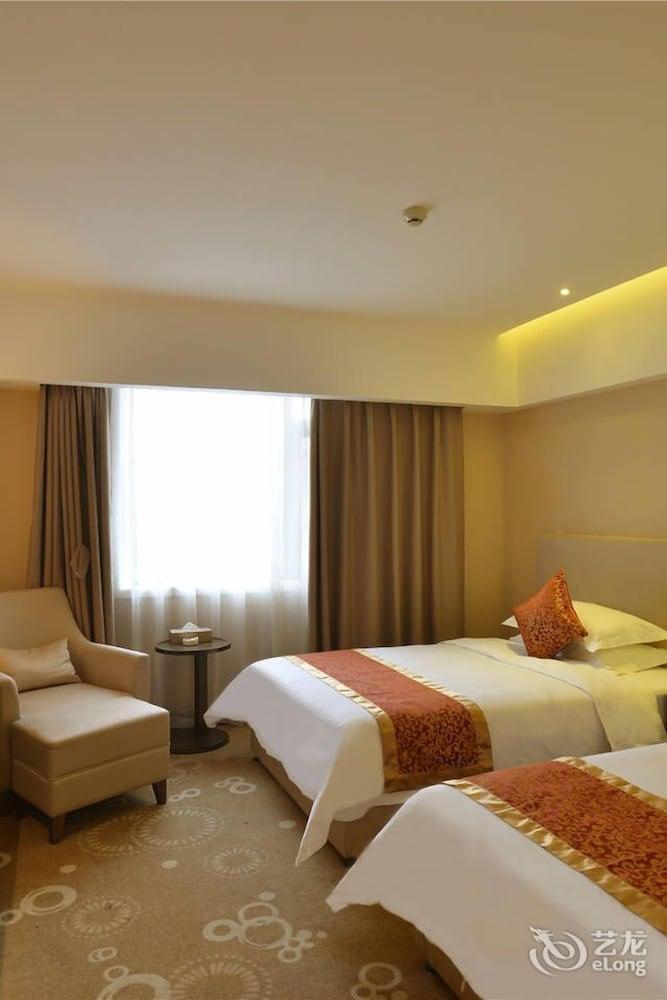 Chengdu Taitong Hotel