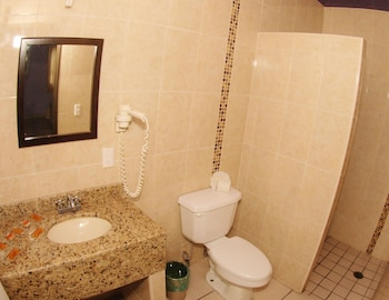 Hotel Plaza Bandera - Bathroom  - #0