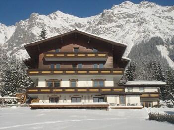 Pension Hoffelner - Hotel Front  - #0