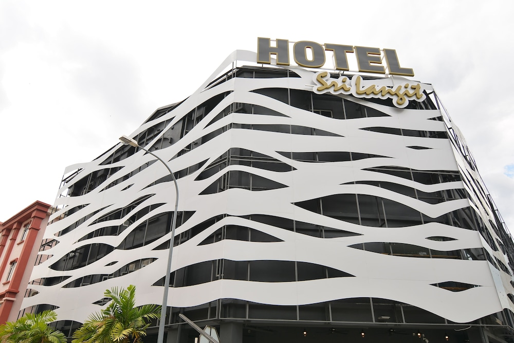 sri langit hotel klia kuala lumpur inr 482 off 1 3 2 5 best rh makemytrip com