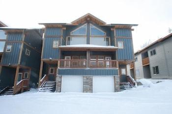 Snow Ridge by Apex Accommodations