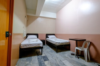 GV Hotel Ozamiz Guestroom