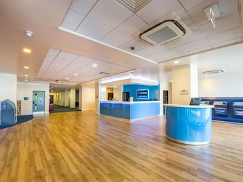 Travelodge Gatwick Airport Central - Lobby  - #0
