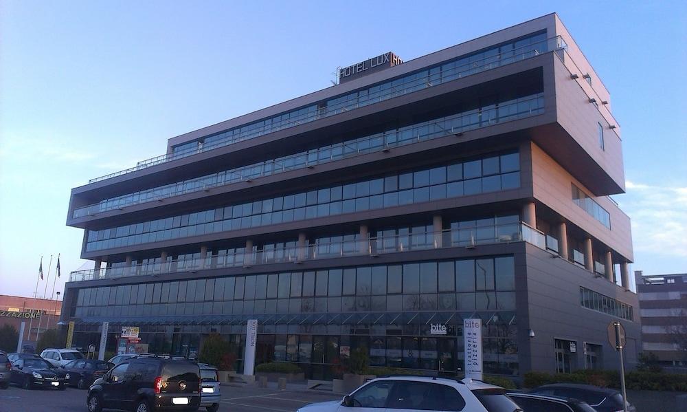 Hotel Lux Modena