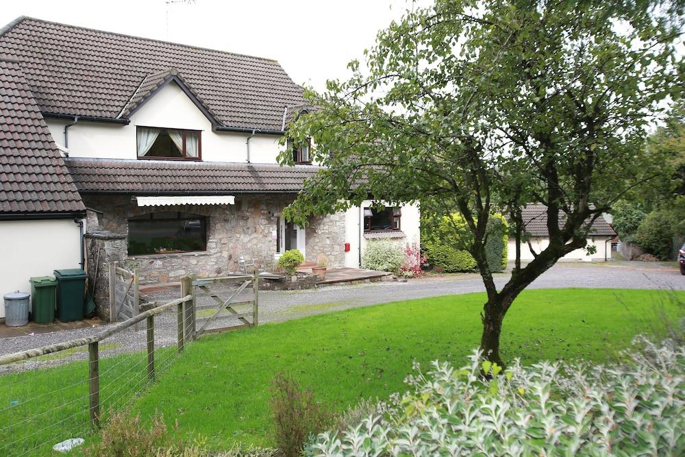 Ewenny Farm Guesthouse
