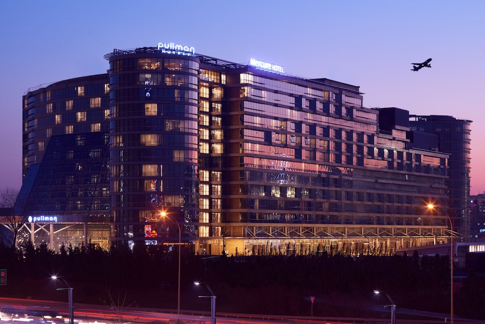 Mercure Istanbul West Hotel and Convention Center