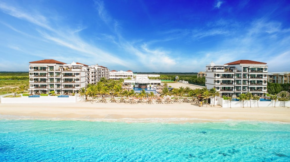 Grand Residences All Inclusive