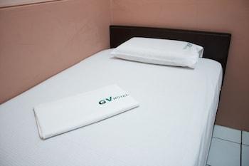 GV Hotel Borongan Guestroom
