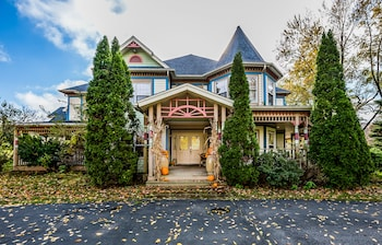 Photo for Blue Jay Manor in Michigan City, Indiana