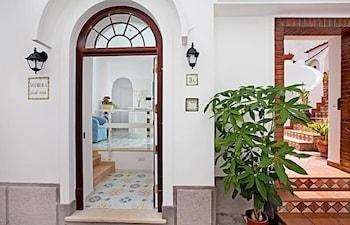 San Nicola Guest House