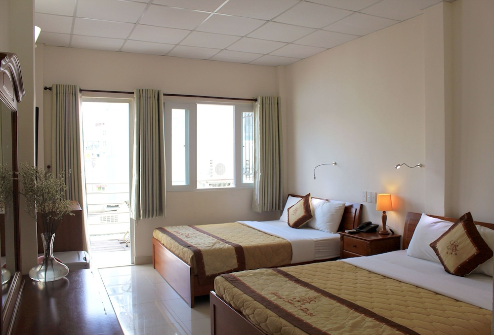 Giang Son 2 Hotel
