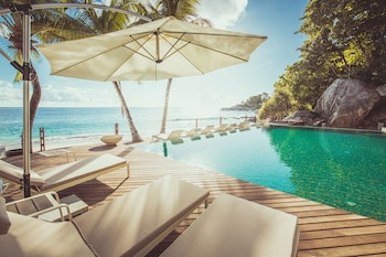 卡拉納海灘飯店