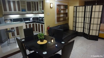Manila Bay Serviced Apartments In-Room Dining
