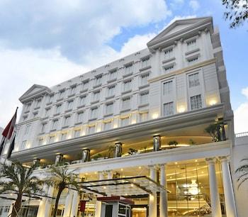 格蘭德薩維洛飯店