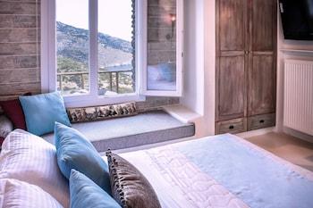 Aegean Castle Suites Greek Hospitality Experience
