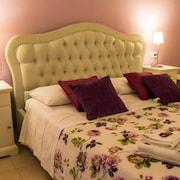 奧爾西尼雷亞利飯店