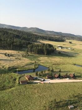 Gold Camp Cabins in Custer, South Dakota