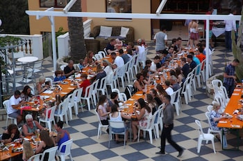 Bellos Hotel Apartments - Dining  - #0