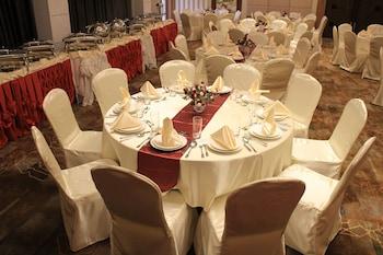 Savannah Resort Hotel Pampanga Banquet Hall