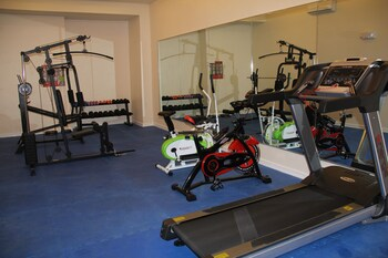 Savannah Resort Hotel Pampanga Gym