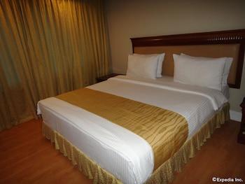 Savannah Resort Hotel Pampanga Guestroom