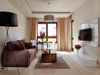 Chopin Apartments Capital