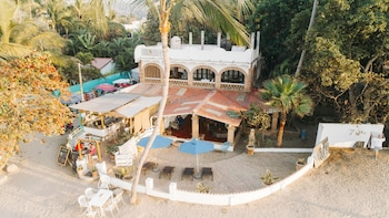 Sayulita Beach House Hotel