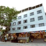 朱布利山 OYO 旗艦飯店