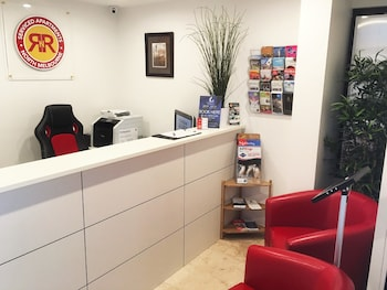 RNR Serviced Apartments North Melbourne - Check-in/Check-out Kiosk  - #0