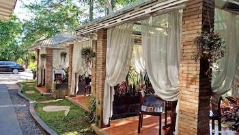 La Casa Bianca Baguio Terrace/Patio
