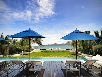 Beachfront Phuket (514127) photo