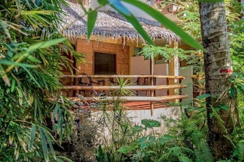 Bamboo Bungalows Boracay Featured Image