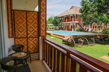 Scent Of Green Papaya Resort Bohol Balcony View