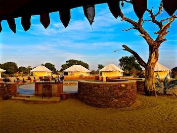 達莫德拉沙漠營地