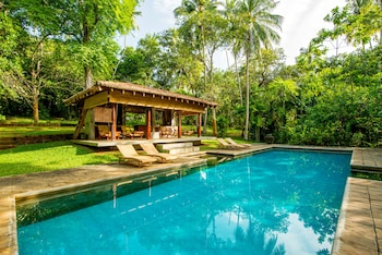 Photo for The River House in Balapitiya