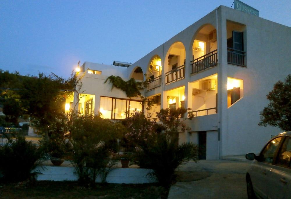 Hotel Flisvos