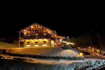 Photo for Alpine Mountain Chalet in Marebbe