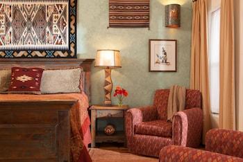Four Kachinas Bed & Breakfast Inn