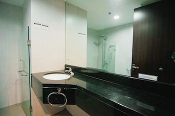 Citylight Hotel Baguio Bathroom